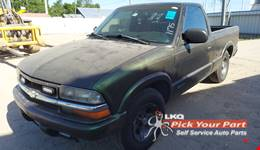 1998 CHEVROLET S10 available for parts