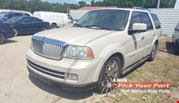2006 LINCOLN NAVIGATOR available for parts