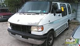 1995 DODGE B2500