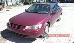 1997 TOYOTA CAMRY available for parts