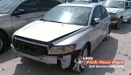 2008 VOLVO S40 available for parts