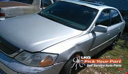 2001 TOYOTA AVALON available for parts