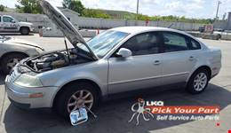 2004 VOLKSWAGEN PASSAT available for parts