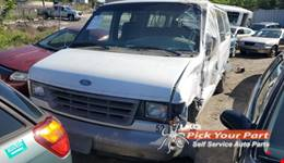 1996 FORD E-350 ECONOLINE CLUB WAGON available for parts