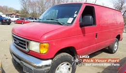 2004 FORD E-350 SUPER DUTY available for parts