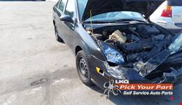 2005 FORD FOCUS available for parts