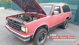 1988 CHEVROLET S10 BLAZER available for parts