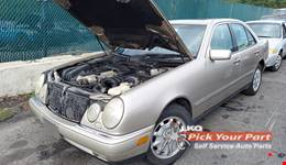 1997 MERCEDES-BENZ E320 available for parts