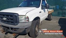 2006 FORD F-350 SUPER DUTY available for parts