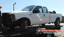 2005 FORD F-250 SUPER DUTY available for parts