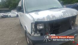 2003 GMC SAVANA 1500 available for parts