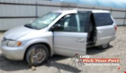 2001 CHRYSLER TOWN & COUNTRY available for parts