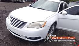 2014 CHRYSLER 200 available for parts