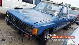 1986 TOYOTA PICKUP available for parts