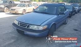 1996 SAAB 900 available for parts