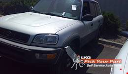 1998 TOYOTA RAV4 available for parts