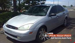 2002 FORD FOCUS available for parts
