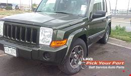2006 JEEP COMMANDER available for parts