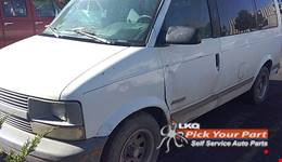 1995 CHEVROLET ASTRO available for parts