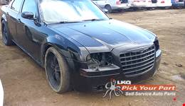 2006 CHRYSLER 300 available for parts