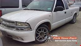 1997 CHEVROLET S10 available for parts