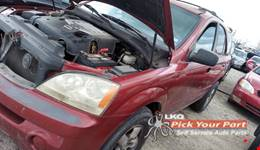 2006 KIA SORENTO available for parts