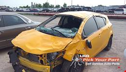 2014 TOYOTA PRIUS C available for parts