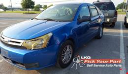 2011 FORD FOCUS available for parts