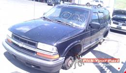 2001 CHEVROLET BLAZER available for parts