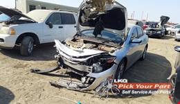 2019 CHEVROLET MALIBU available for parts