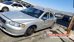 2006 VOLVO S60 available for parts