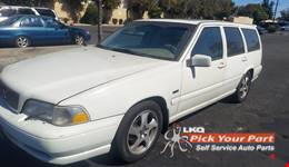 1998 VOLVO V70 available for parts