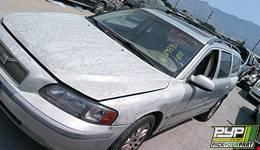 2001 VOLVO V70 partes disponibles