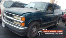 1997 CHEVROLET TAHOE available for parts