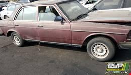 1983 MERCEDES-BENZ 240D