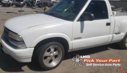 1999 CHEVROLET S10 available for parts