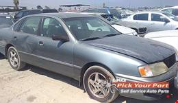 1998 TOYOTA AVALON available for parts