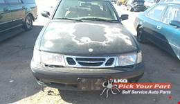 2000 SAAB 9-3 available for parts