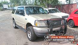 1999 FORD EXPEDITION available for parts