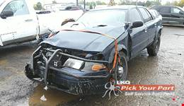 2009 FORD CROWN VICTORIA available for parts