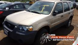 2007 FORD ESCAPE available for parts