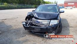 2008 FORD TAURUS X available for parts