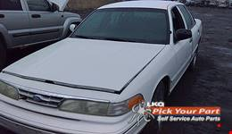 1996 FORD CROWN VICTORIA available for parts