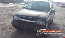 2004 CHEVROLET TRACKER available for parts