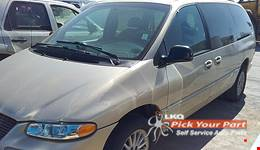2000 CHRYSLER TOWN & COUNTRY available for parts